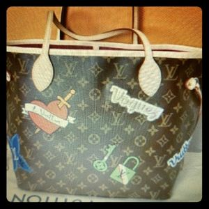 Louis Vuitton Neverfull MM Patches and Emblem Tote